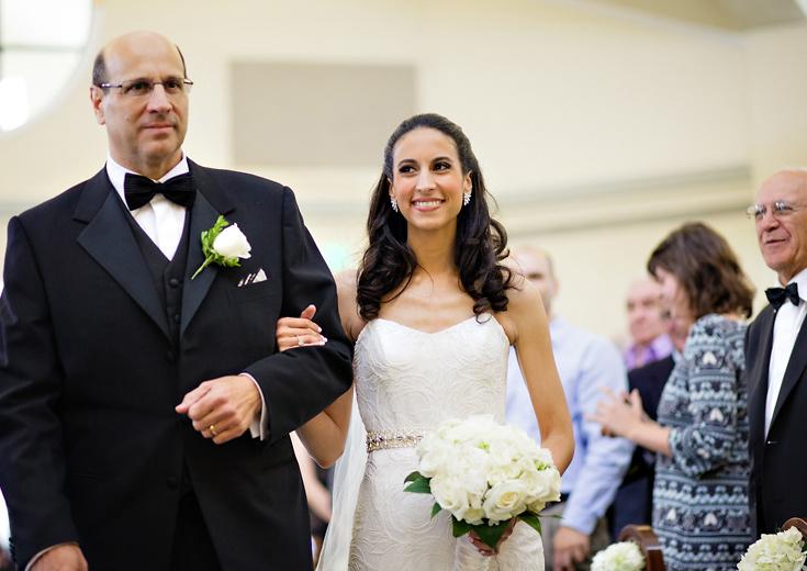 010-bride-walking-down-aisle-new-york-wedding-photo